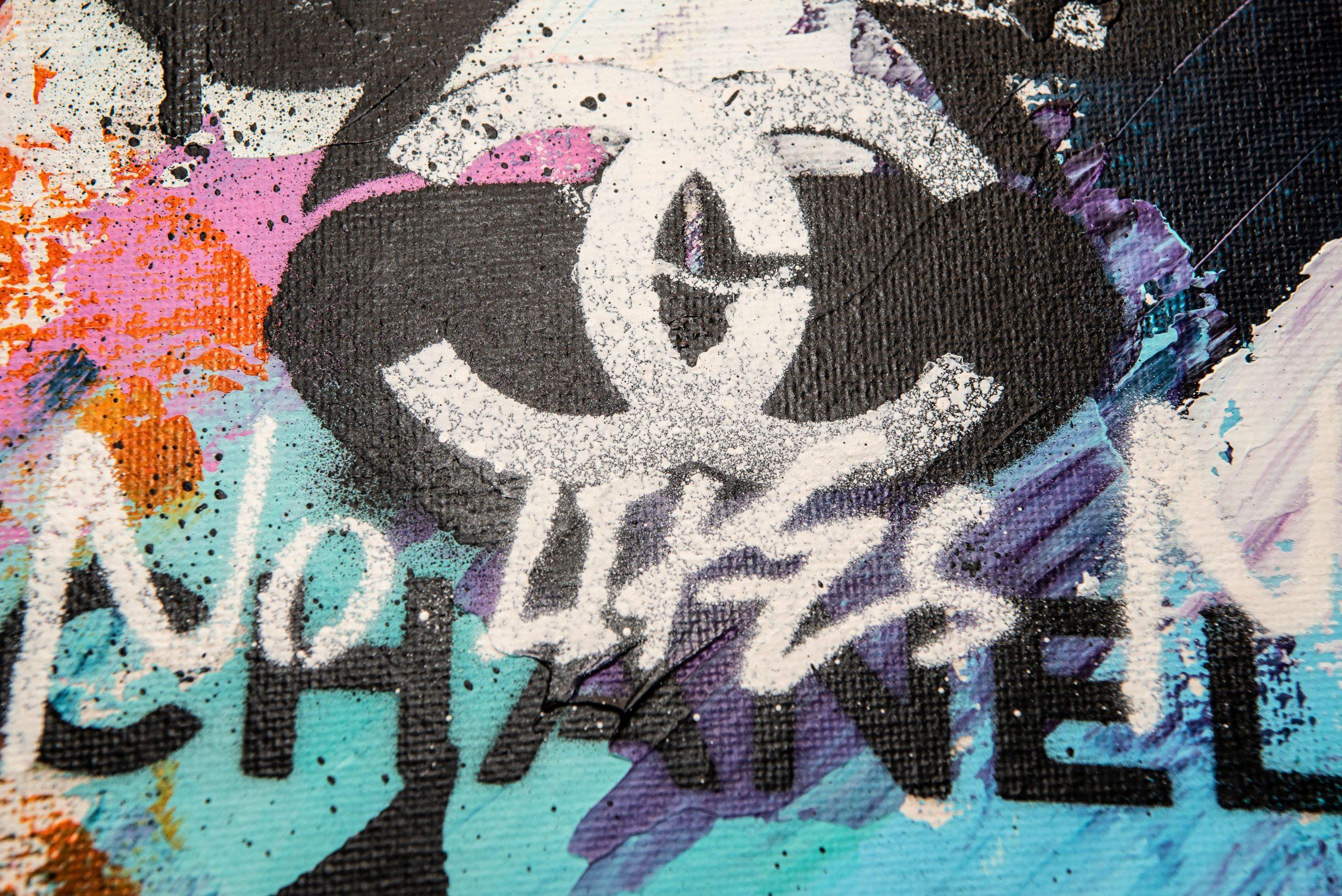 NATALIE-OTALORA-ART-NO-LIKES-NO-CHANEL-GRAFFITI-PAINTING-DETAIL1
